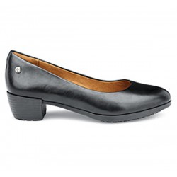 Chaussures femme de service...